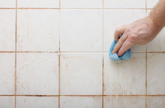 تنظيف البلاط من الترويبه